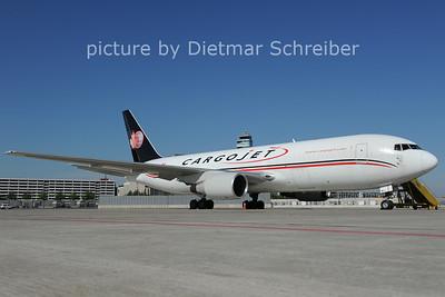 2012-08-02 C-FMCJ Boeing 767-200 Cargojet