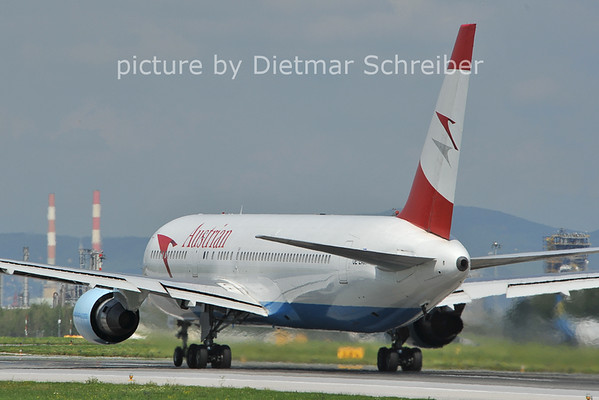 2011-08-05 OE-LAW Boeing 767-300 Austrian AIrlines