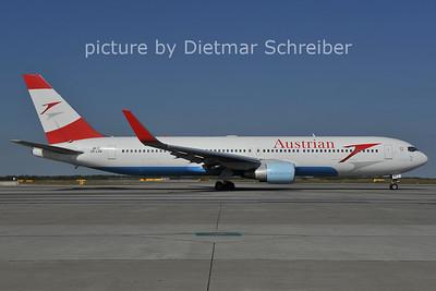 2011-09-16 OE-LAE Boeing 767-300 Austrian AIrlines