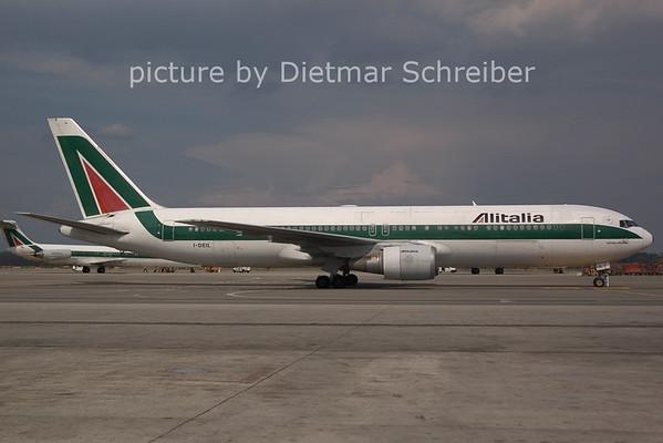 2006-07-29 I-DEIL Boeing 767-300 Alitalia