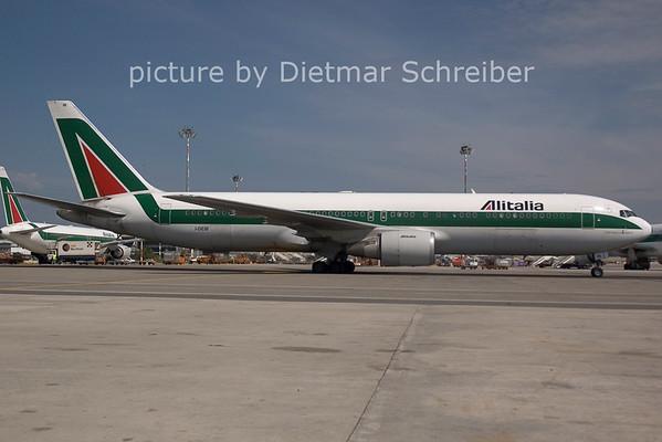 2006-07-29 I-DEIB Boeing 767-300 Alitalia