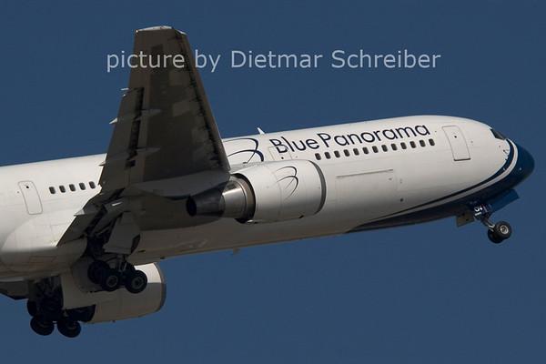2006-07-29 F-GLOV Boeing 767-300 Blue Panorama