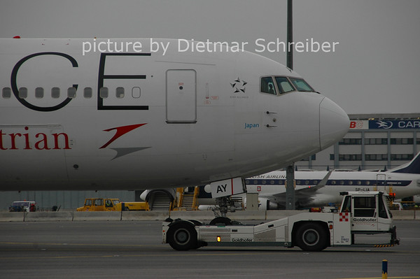 2006-11-06 OE-LAY Boeing 767-300 AUstrian AIrlines