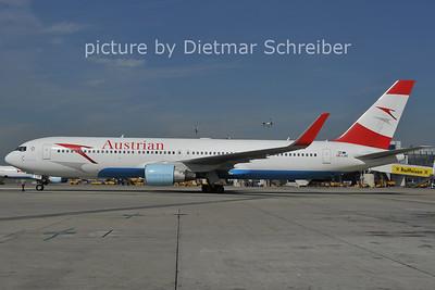 2011-09-02 OE-LAE Boeing 767-300 Austrian Airlines