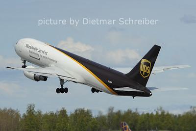 2012-05-21 N322UP Boeing 767-300 UPS