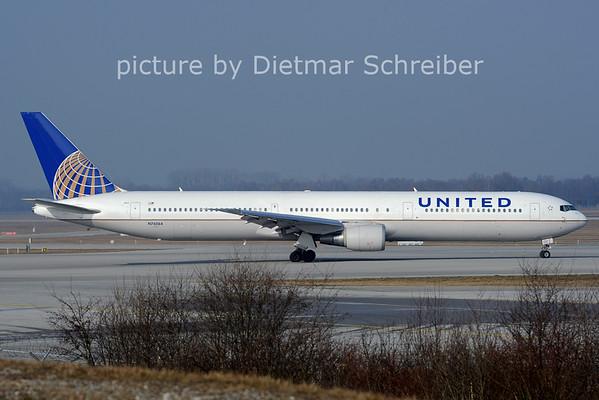 2014-03-01 N76064 Boeing 767-400 United AIrlines