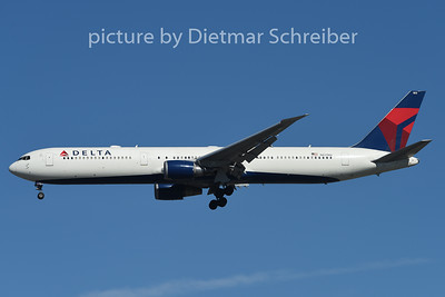 2015-02-13 N837MH Boeing 767-400 Delta Airlines