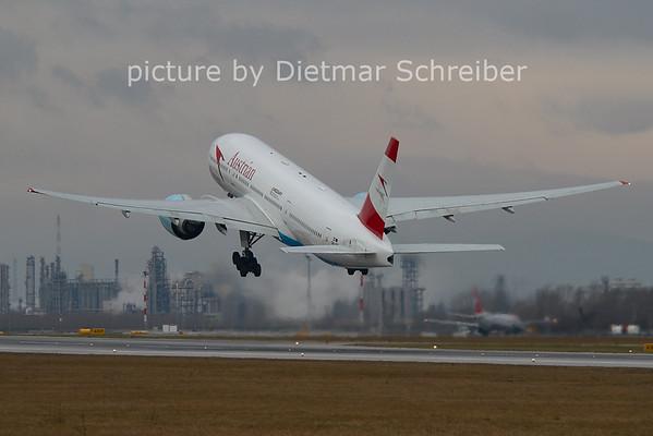 2006-12-25 OE-LPA Boeing 777-200 Austrian AIrlines