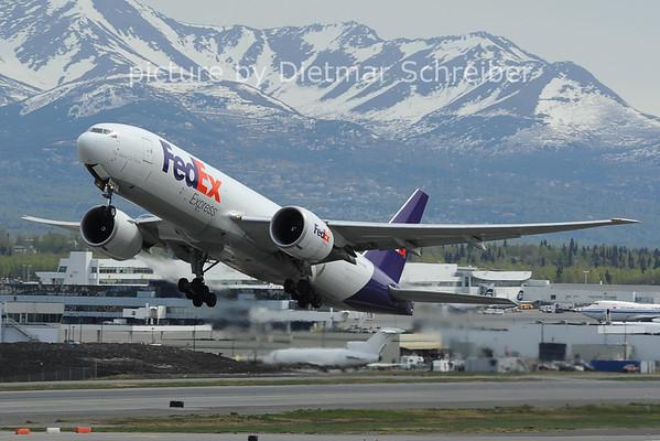 2012-05-21 N856FD Boeing 777-200 Fedex