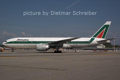2006-07-29 EI-DBM Boeing 777-200 Alitalia