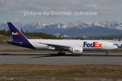 2012-05-18 N863FD Boeing 777-200 Fedex
