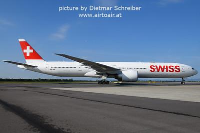 2021-09-23 HB-JNE Boeing 777-300 Swiss