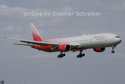 2021-04-28 EI-UNN Boeing 777-300 Rossiya