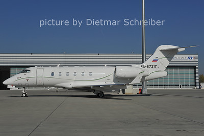 2011-10-18 RA-67217 CL300