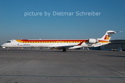 2011-05-04 EC-LKF CRJ1000 Air Nostrum