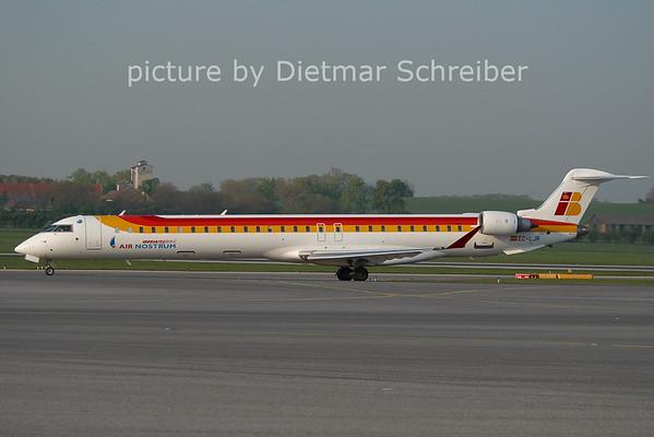 2011-04-19 EC-LJR CRJ1000 Air Nostrum