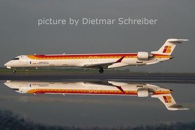 2011-04-25 EC-LJR CRJ1000 AIr Nostrum