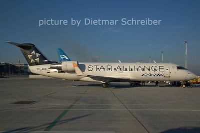 2006-12-11 S5-AAG Regionaljet 200 Adria Airways