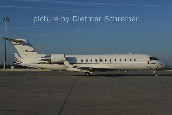 2012-08-06 PH-AAG Regionaljet 850