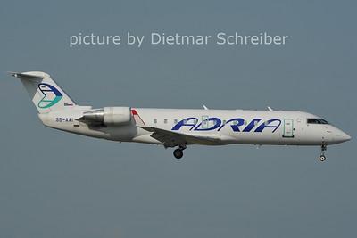 2011-06-10 S5-AAI Regionaljet 200 Adria Airways