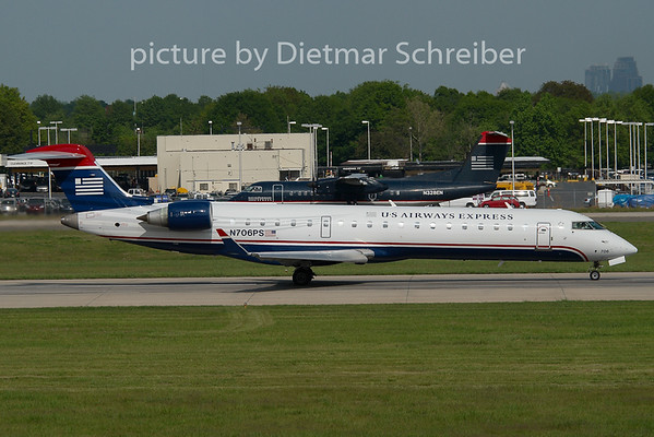 2008-04-24 N706PS Regionaljet 700 US Airways Express