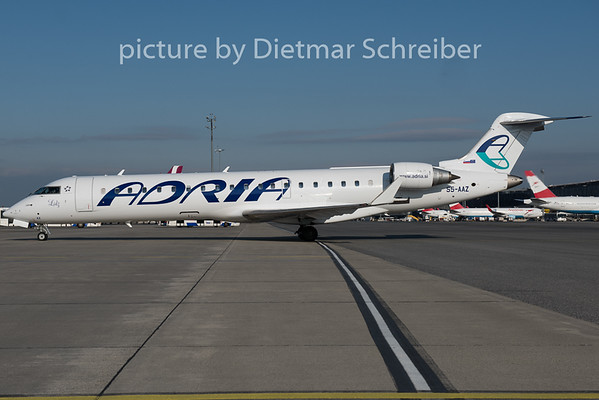 2015-04-07 S5-AAZ Regionaljet 700 Adria Airways