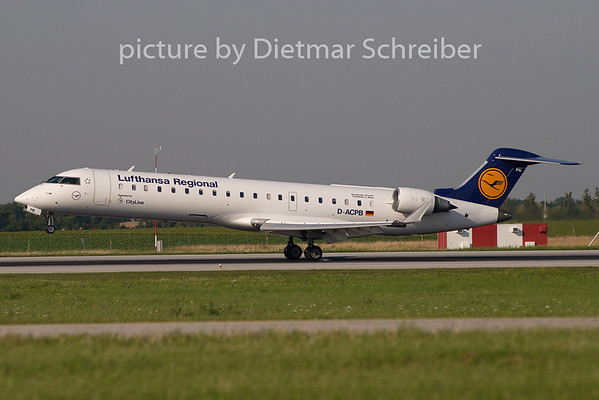 2009-07-15 D-ACPB Regionaljet 700 Lufthansa Regional