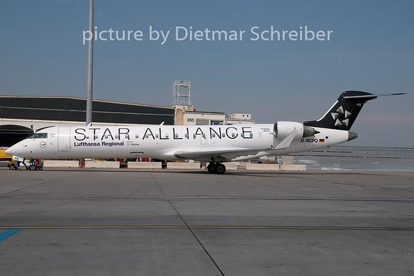 2009-04-30 D-ACPQ Regionaljet 700 Lufthansa Cityline