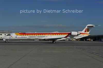 2011-06-15 EC-JXZ Regionaljet 900 Air Nostrum
