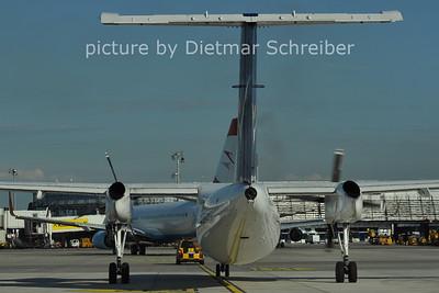 2011-06-15 OE-LIE Dash8-300 Intersky