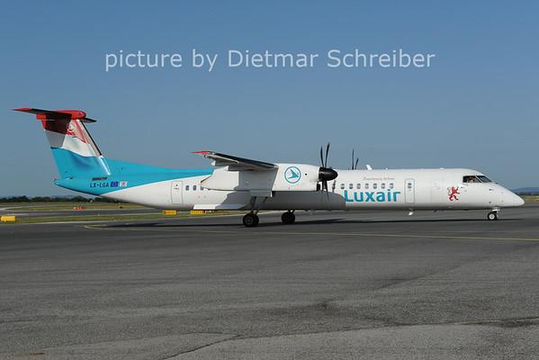 2012-08-24 LX-LGA Dash 8-400 Luxair