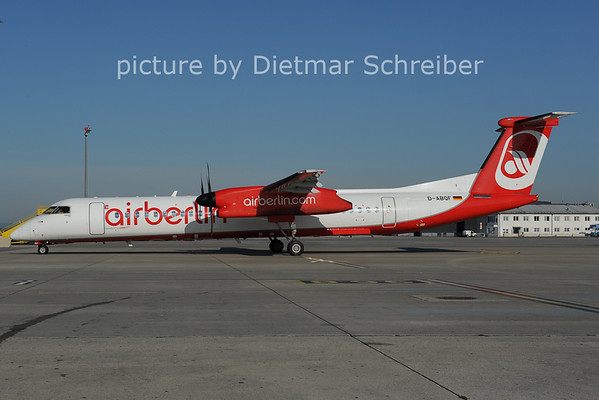 2012-08-30 D-ABQF Dash8-400 Air Berlin