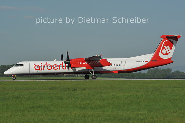 2012-05-01 D-ABQE Dash8-400 Air Berlin