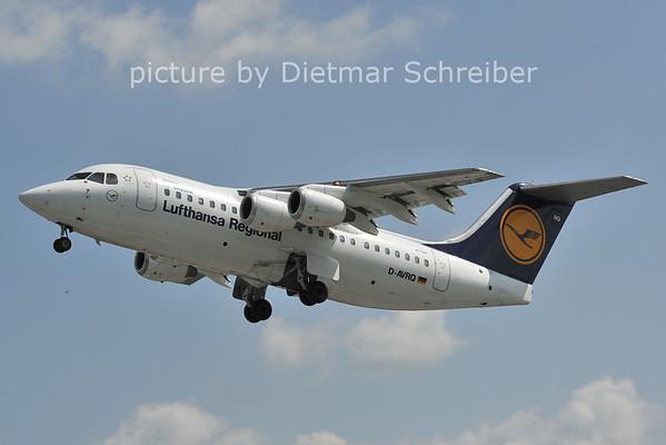 2011-08-05 D-AVRQ Avro85 Lufthansa Regional