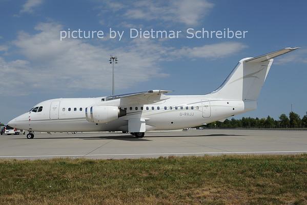 2012-08-24 G-RAJJ BAe146 Cello Aviation