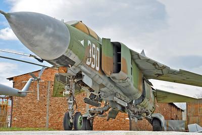 """MiG-23MLD Flogger-K """"390 White"""""""