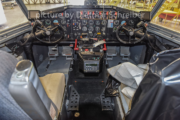 2015-02-06 N262NR Canadair CL215