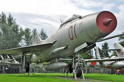 """MiG-21F Fishbed-B """"01 Red"""""""