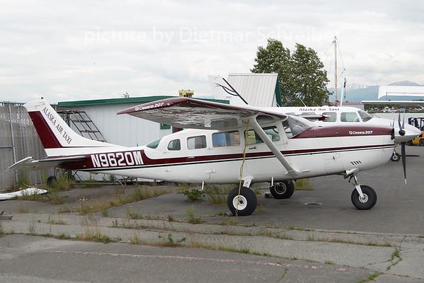2010-06-18 N9620M Cessn a207 Alaska Air Taxi