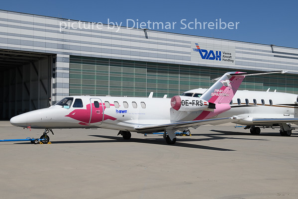 2019-07-04 OE-FRS Cessna 525A Pink Sparrow