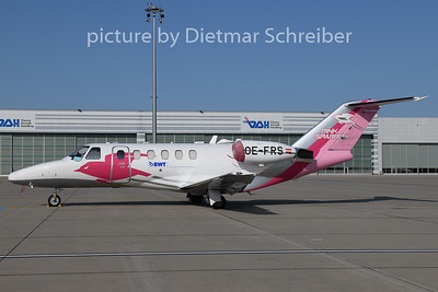 2020-09-20 OE-FRS Cessna 525A Pink Sparrow