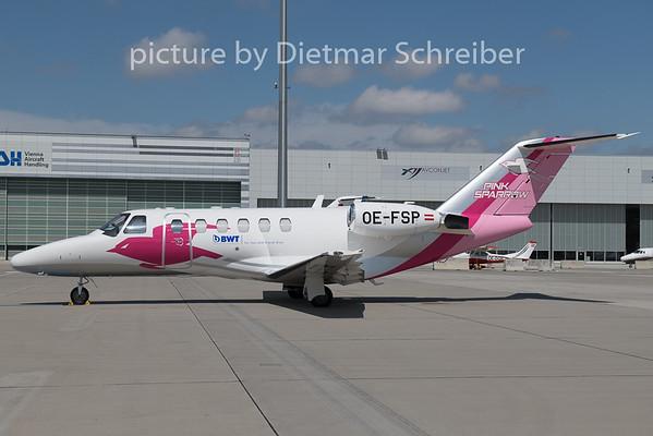 2019-05-17 OE-FSP Cessna 525A Pink Spwrrow