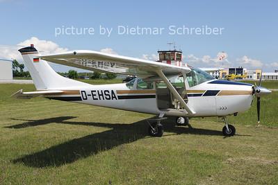2013-05-18 D-EHSA Cessna 182