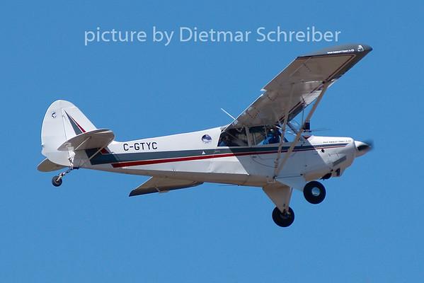 2009-05-28 C-GTYC Husky