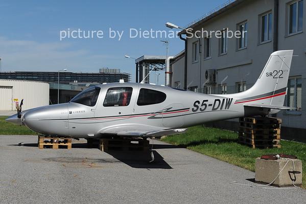 2012-09-26 S5-DIW SR22