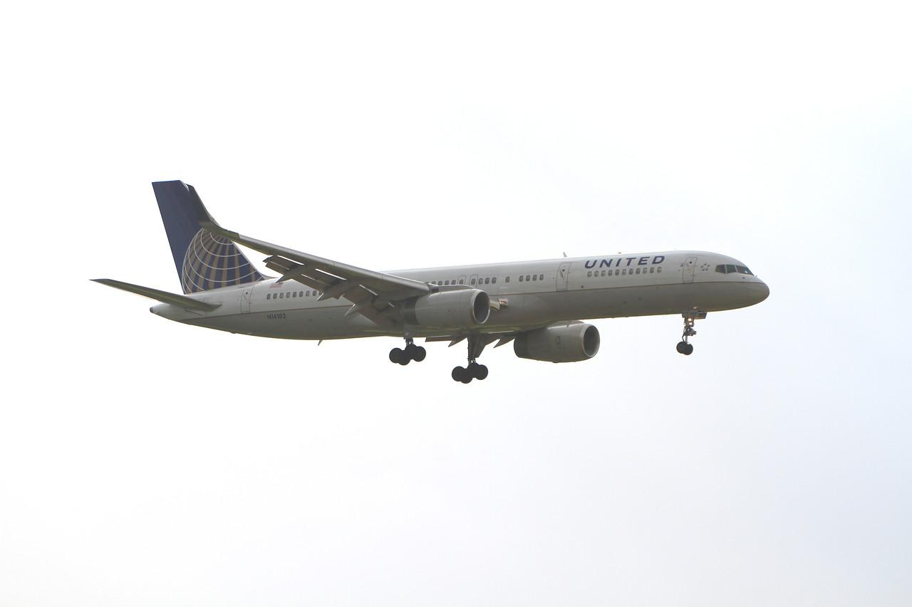 N14102 United Airlines