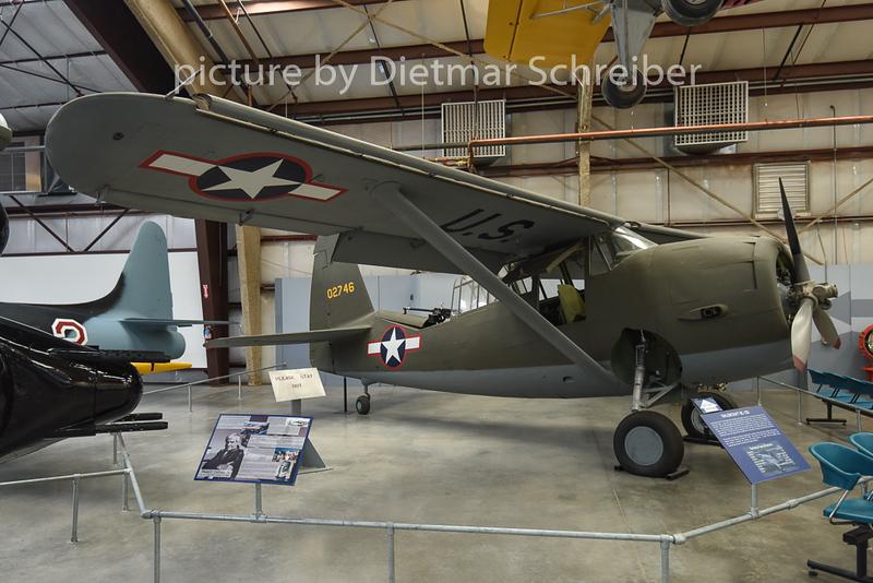 2015-02-08 40-2746 Curtiss O52 USAF