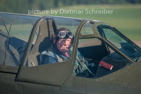 2015-08-29 F-AZKU Curtiss P40
