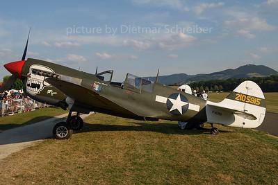 2016-09-10 F-AZKU Curtiss P40