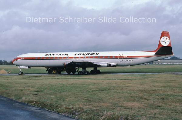 1979-06 G-APZM DeHavilland Comet 4C (c/n 6440) Dan Air